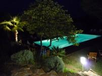 www.lagerine.com Chambres Hôtes Ampuis La piscine de nuit